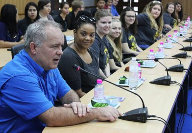 อาจารย์และนักศึกษาจาก University of Iowa ประเทศสหรัฐอเมริกา เข้าศึกษาดูงานการจัดการเรียนการสอน ณ คณะครุศาสตร์ มหาวิทยาลัยราชภัฏเลย